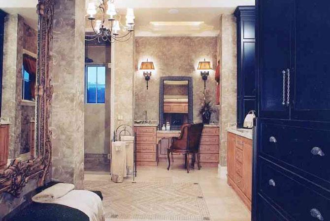фото интерьера ванной комнаты и спальни