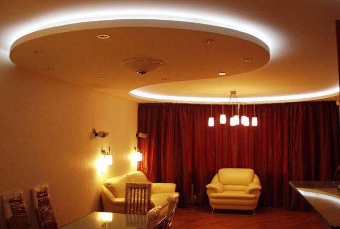 ремонт гостиной комнаты в небольшой городской квартире