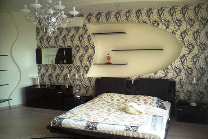 дизайн комнаты с встроеным угловым камином