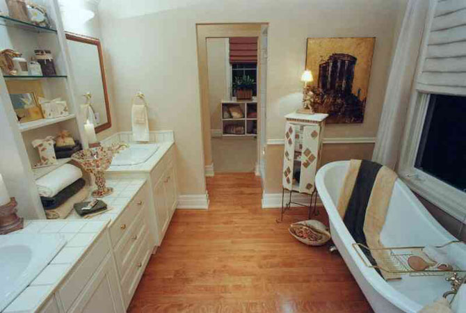 стекло и керамика в интерьере квартиры